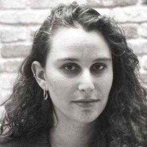 Portrait of Laura Trajber Waisbich