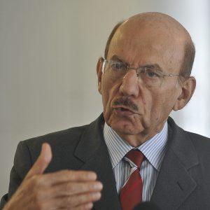 Entrevista do Ministro chefe da controladoria Geral da Uniao , Jorge Hage