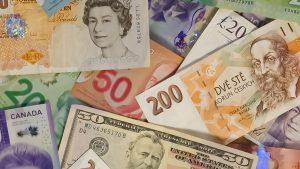 de l'argent du monde entier